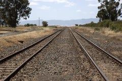 Διπλές διαδρομές σιδηροδρόμου στοκ φωτογραφία με δικαίωμα ελεύθερης χρήσης