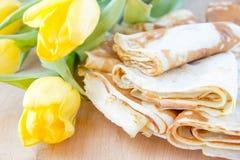Παραδοσιακές ρωσικές τηγανίτες για Shrovetide Στοκ Φωτογραφίες
