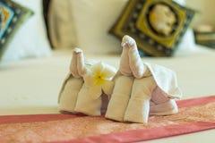 Διπλωμένη πετσέτα στη μορφή ελεφάντων Στοκ εικόνα με δικαίωμα ελεύθερης χρήσης