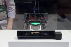 Διπλός κλονισμός 4 και μάτι 4 PlayStation για PlayStation 4 Στοκ Φωτογραφία
