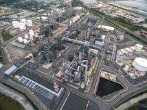 Διυλιστήριο πετρελαίου, λιμένας πετρελαίου, σκάφος πετρελαιοφόρων Στοκ φωτογραφίες με δικαίωμα ελεύθερης χρήσης