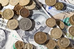 δολάρια νομισμάτων Στοκ φωτογραφία με δικαίωμα ελεύθερης χρήσης