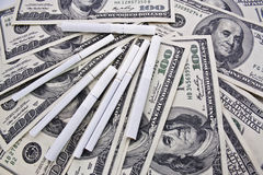 δολάρια τσιγάρων στοκ φωτογραφία με δικαίωμα ελεύθερης χρήσης