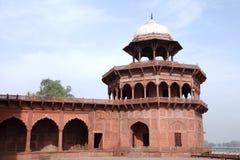 Δομή μουσουλμανικών τεμενών στο συγκρότημα Taj Mahal Στοκ εικόνα με δικαίωμα ελεύθερης χρήσης