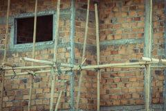 Δομή σπιτιών κατασκευής που γίνεται από το τσιμέντο και το τούβλο Στοκ φωτογραφία με δικαίωμα ελεύθερης χρήσης