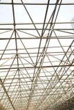 Δομή στυλοβατών μετάλλων της σύγχρονης στέγης γυαλιού αρχιτεκτονικής γραφείων Στοκ Εικόνες