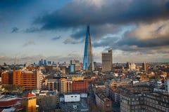 Δονούμενος το Shard Λονδίνο από το Tate Modern Στοκ εικόνα με δικαίωμα ελεύθερης χρήσης