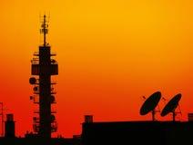 Δορυφορικά πιάτα ηλιοβασιλέματος Στοκ εικόνες με δικαίωμα ελεύθερης χρήσης