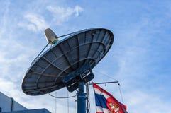 Δορυφορική κεραία πιάτων Στοκ Εικόνες