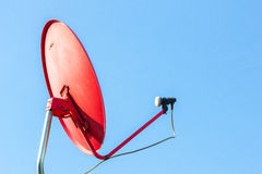 Δορυφορικό σήμα πιάτων στοκ φωτογραφία με δικαίωμα ελεύθερης χρήσης