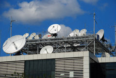 δορυφόρος πιάτων Στοκ φωτογραφία με δικαίωμα ελεύθερης χρήσης