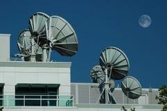δορυφόρος 2 πιάτων Στοκ φωτογραφία με δικαίωμα ελεύθερης χρήσης