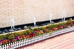 δοχείο κήπων λουλουδιών Στοκ Φωτογραφίες