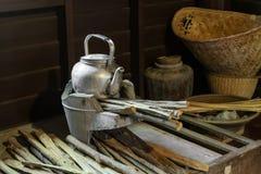 Δοχείο σε μια σόμπα στην αγροτική κουζίνα, Ταϊλάνδη. Στοκ Φωτογραφίες