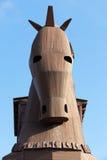Δούρειος ίππος που βρίσκεται στο τρόυ Στοκ εικόνες με δικαίωμα ελεύθερης χρήσης