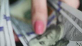 Δολάρια μετατροπέων διαβίωσης απόθεμα βίντεο