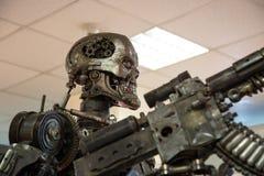 Δολοφόνος μετάλλων ρομπότ Στοκ φωτογραφίες με δικαίωμα ελεύθερης χρήσης