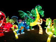 Δράκοι δυτικός-ύφους στο κινεζικό φεστιβάλ φαναριών στοκ φωτογραφία