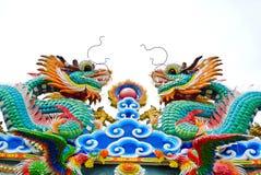 Δράκος στην κινεζική στέγη ναών Στοκ εικόνα με δικαίωμα ελεύθερης χρήσης