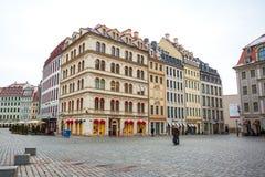 22 01 2018 Δρέσδη, Γερμανία - ζωηρόχρωμα κτήρια σε Neumarkt τετράγωνο Στοκ Εικόνες