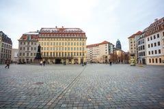 22 01 2018 Δρέσδη, Γερμανία - ζωηρόχρωμα κτήρια σε Neumarkt τετράγωνο Στοκ εικόνα με δικαίωμα ελεύθερης χρήσης