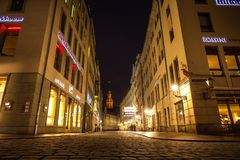 23 01 2018 Δρέσδη, Γερμανία - Neumarkt κοντά σε Frauenkirche τη νύχτα στη Δρέσδη, Γερμανία Στοκ Εικόνα