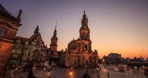 Δρέσδη Γερμανία Καθεδρικός ναός της ιερού τριάδας ή του Hofkirche στο σούρουπο Στοκ φωτογραφία με δικαίωμα ελεύθερης χρήσης
