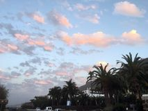 Δραματικά σύννεφα επάνω από την μπανάνα Finca Tenerife Στοκ εικόνα με δικαίωμα ελεύθερης χρήσης