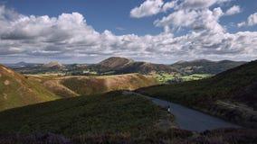 Δραματικά σύννεφα πέρα από φυσικό υψίπεδο στο Ηνωμένο Βασίλειο απόθεμα βίντεο