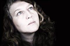 δραματική γυναίκα ουραν&om Στοκ φωτογραφία με δικαίωμα ελεύθερης χρήσης