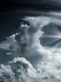 δραματικός ελαφρύς ουρανός Στοκ εικόνα με δικαίωμα ελεύθερης χρήσης
