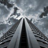 δραματικός ουρανοξύστη&sigmaf Στοκ εικόνα με δικαίωμα ελεύθερης χρήσης