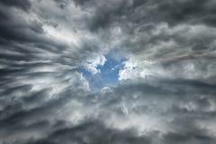 Δραματικός ουρανός άριστος ως υπόβαθρο σύννεφων Στοκ Εικόνα