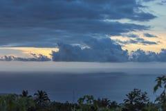 Δραματικός ουρανός στο νησί Λα Réunion Στοκ Εικόνες
