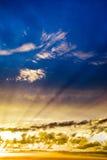 δραματικό ηλιοβασίλεμα &o Στοκ Εικόνες