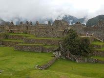 Δραματικό Machu Picchu στα σύννεφα στοκ εικόνες με δικαίωμα ελεύθερης χρήσης