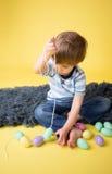 Δραστηριότητα και τέχνες Πάσχας παιδιών Στοκ εικόνα με δικαίωμα ελεύθερης χρήσης