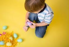 Δραστηριότητα και τέχνες Πάσχας παιδιών Στοκ Φωτογραφίες