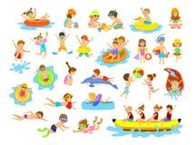 Δραστηριότητες διασκέδασης καλοκαιρινών διακοπών παιδιών στην παραλία απεικόνιση αποθεμάτων