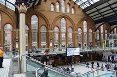 Δραστηριότητες στο σταθμό του Λίβερπουλ, Λονδίνο Στοκ Φωτογραφία