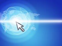 Δρομέας που πιέζει στην εικονική οθόνη με το επίκεντρο Στοκ φωτογραφίες με δικαίωμα ελεύθερης χρήσης