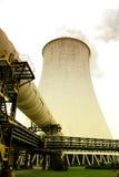 Δροσίζοντας πύργος του φυτού πυρηνικής ενέργειας Στοκ εικόνες με δικαίωμα ελεύθερης χρήσης