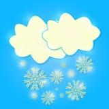 Δροσερά λαμπρά σύννεφα με το μειωμένο χιόνι απεικόνιση αποθεμάτων