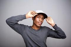 Δροσερή εκμετάλλευση ΚΑΠ τύπων αφροαμερικάνων Στοκ φωτογραφία με δικαίωμα ελεύθερης χρήσης