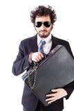 Δροσερός επιχειρηματίας με την αλυσοδεμένη βαλίτσα Στοκ φωτογραφία με δικαίωμα ελεύθερης χρήσης