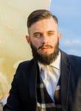 Δροσερός πρότυπος υπαίθριος τύπων μόδας Στοκ φωτογραφία με δικαίωμα ελεύθερης χρήσης