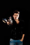 Δροσερό άτομο με την ηλεκτρική κιθάρα Στοκ Φωτογραφία