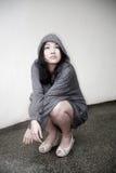 Δροσερό κορίτσι που ανατρέχει στοκ φωτογραφία με δικαίωμα ελεύθερης χρήσης