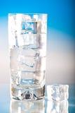 δροσερό παγωμένο γυαλί ύδωρ Στοκ εικόνες με δικαίωμα ελεύθερης χρήσης
