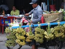 Δρόμοι με έντονη κίνηση της Πνομ Πενχ - πρωτεύουσα της Καμπότζης Στοκ Φωτογραφίες